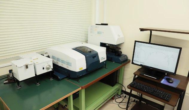 赤外分光顕微鏡(FT-IR)